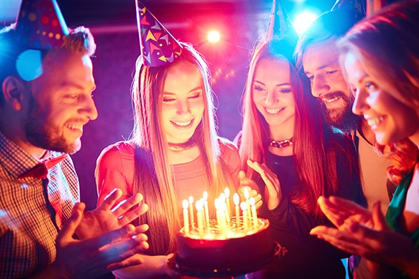 simple 18th birthday party ideas at home