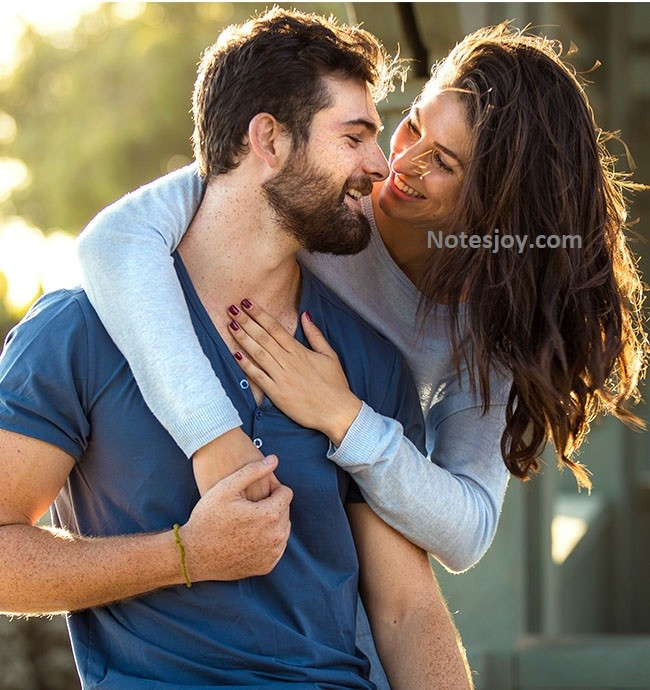3 Must Sent Love Messages for Him or Her Every Day